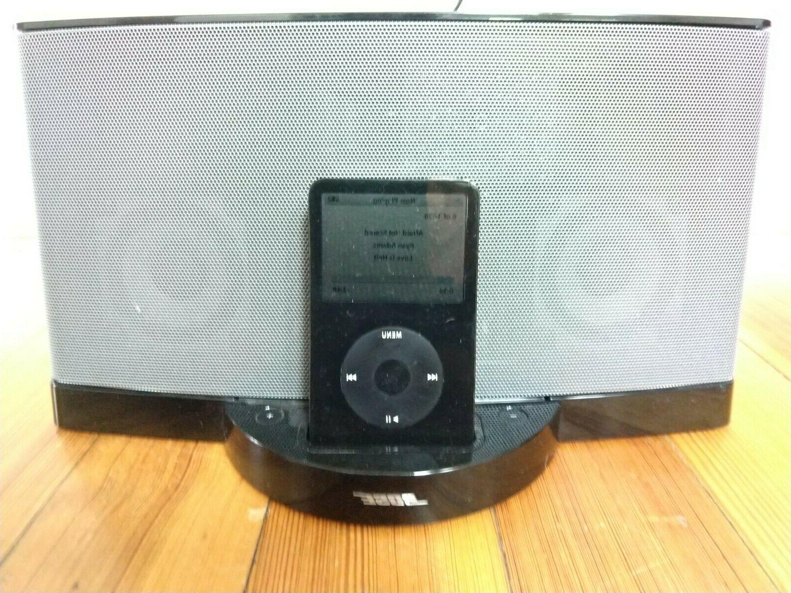 classic 30gb with bose sounddock black
